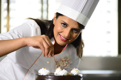 Masterchef Shipra Khanna shares her super nutritious Beetroot and Spinach cupcake recipe!