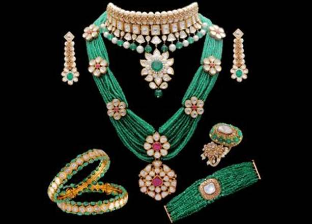 anmol-jewellers-coloured-gemstone-vivaha-jewellery