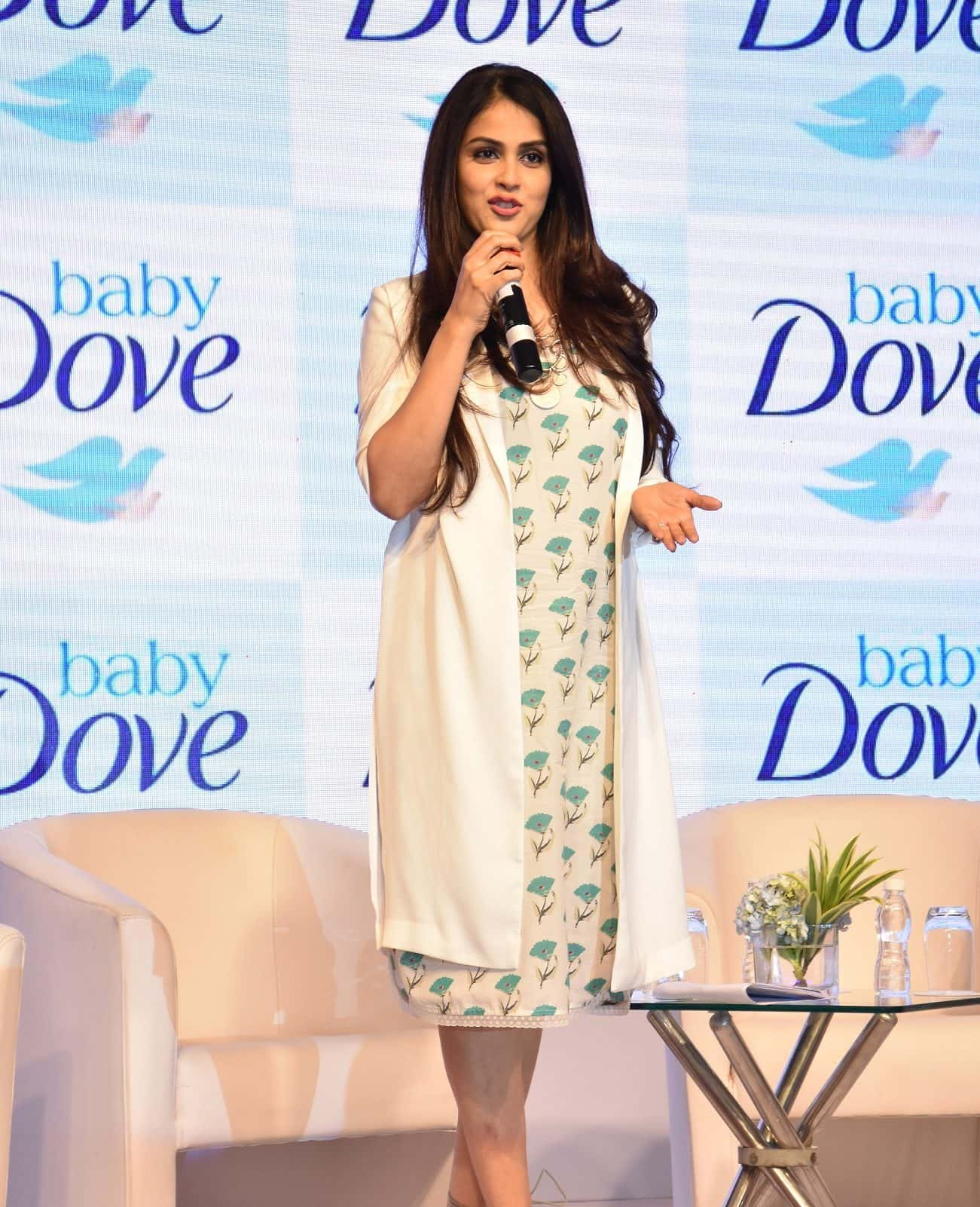 genelia-deshmukh-at-the-launch-of-baby-dove